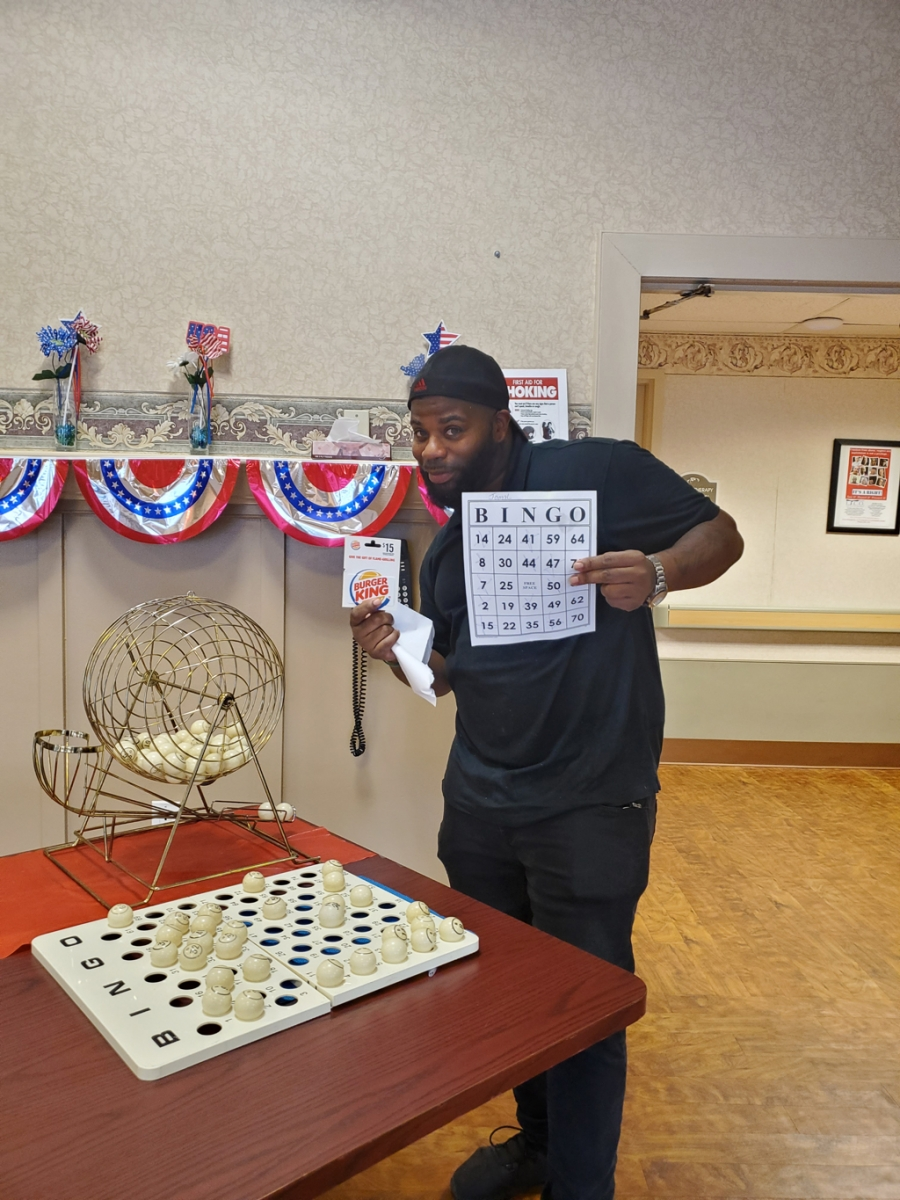 Crest-Pointe-Employee-Survey-Success-Week-July-2-Bingo-Winner-Jamal-Dietary