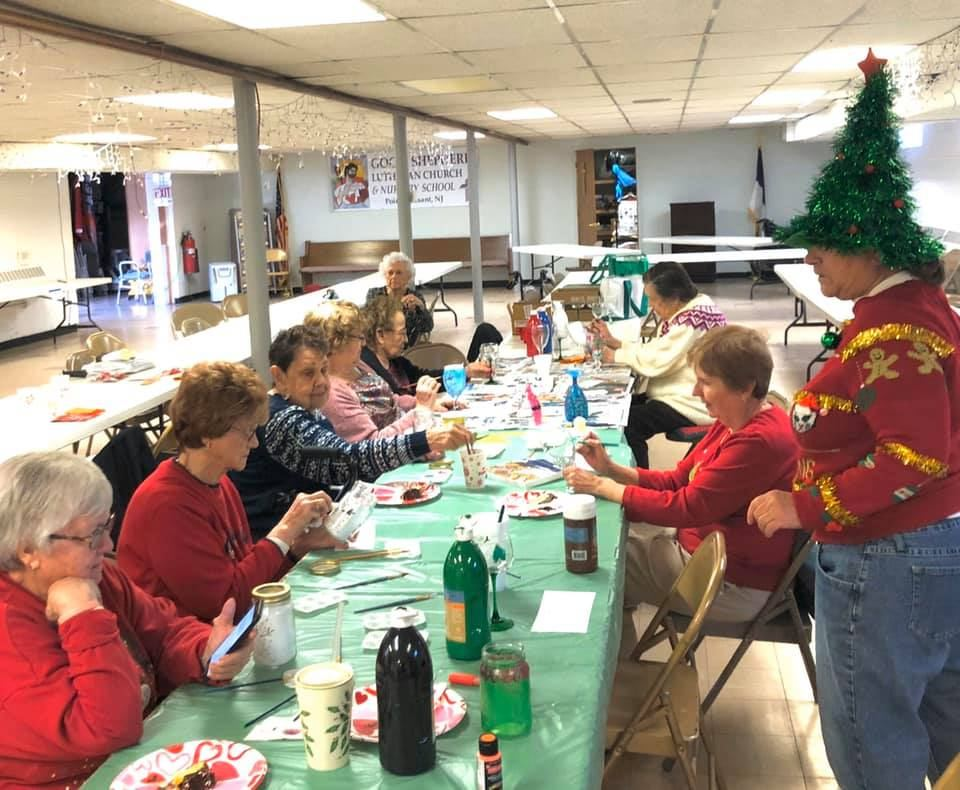 Crest-Pointe-Holiday-Luncheon-And-Painting-Good-Shepherd-Lutheran-Church-5