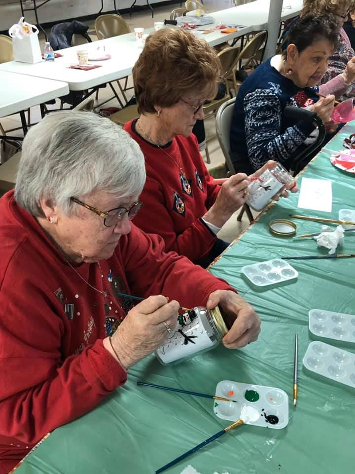 Crest-Pointe-Holiday-Luncheon-And-Painting-Good-Shepherd-Lutheran-Church-6