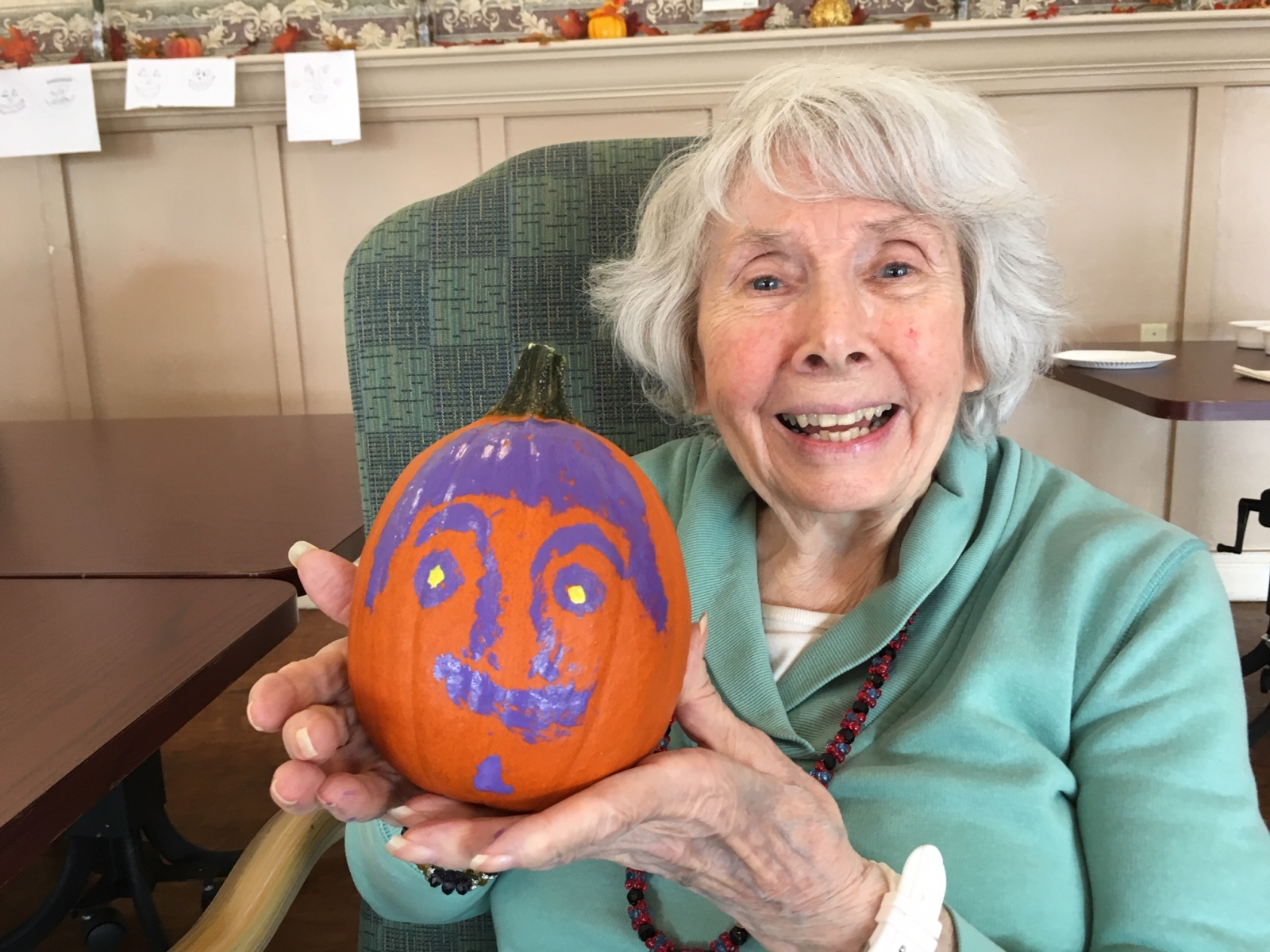 Crest-Pointe-Pumpkin-Painting-1